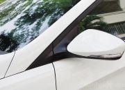 Góc chữ A thiết kế khá thanh mảnh, tạo tầm quan sát tốt cho tài xế.