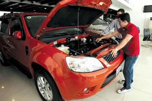 Giới kinh doanh xe cũ đầu tư khá nhiều vào cơ sở vật chất cũng như phải chuẩn hóa quy trình mua bán theo chính hãng để đứng vững trước sóng gió thương trường. Ảnh: Bảo Sơn