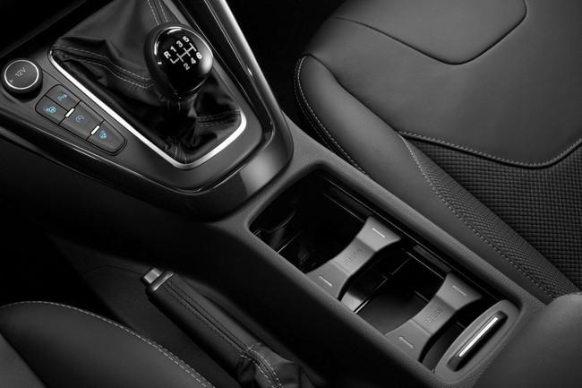 Ford Focus 2015 chính thức trình làng 18